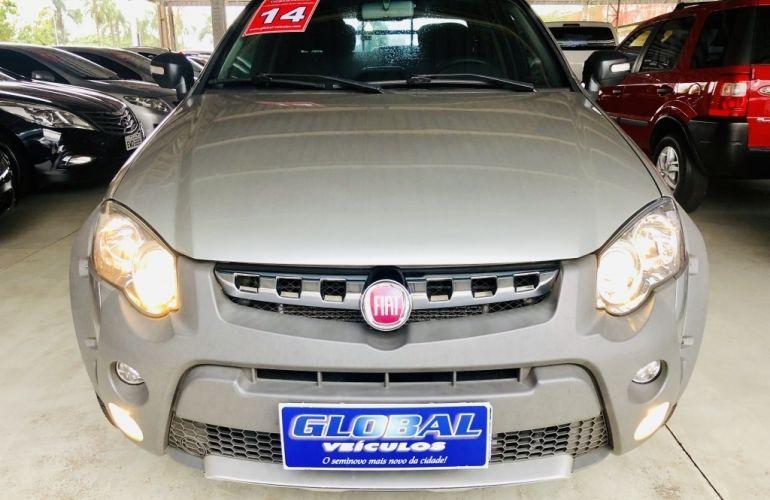 Fiat Strada Adventure 1.8 16V Dualogic (Flex) (Cabine Dupla) - Foto #2