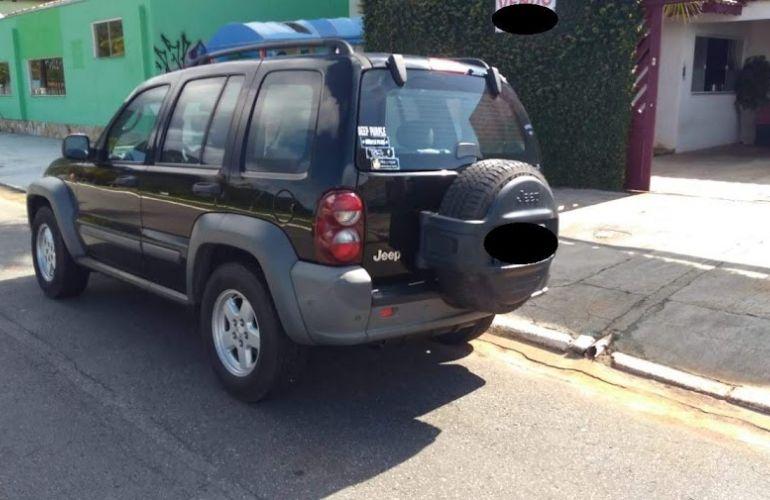 Jeep Cherokee Sport 3.7 V6 - Foto #2