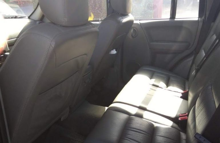 Jeep Cherokee Sport 3.7 V6 - Foto #8