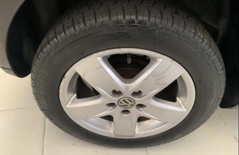 Volkswagen Polo Hatch. 1.6 8V - Foto #5