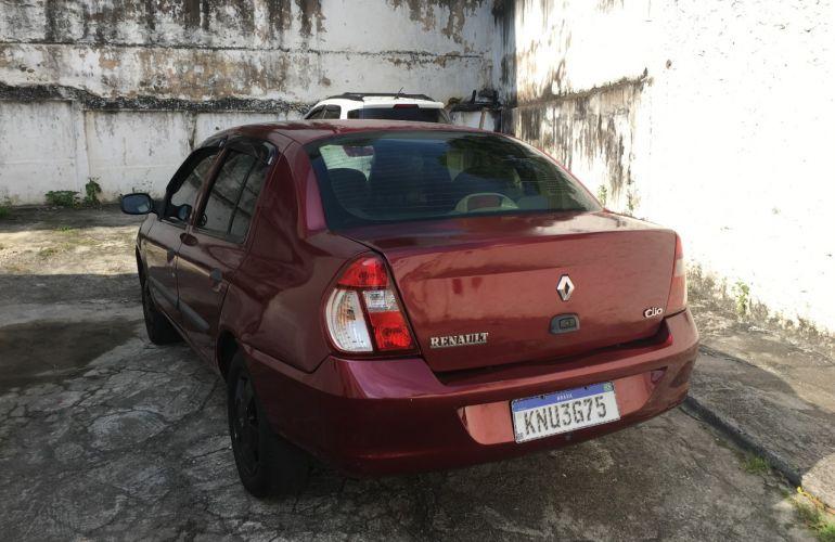 Renault Clio Sedan Privilége 1.6 16V - Foto #3