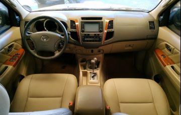Toyota Hilux SW4 3.0 TDI 4x4 SRV 7L - Foto #7