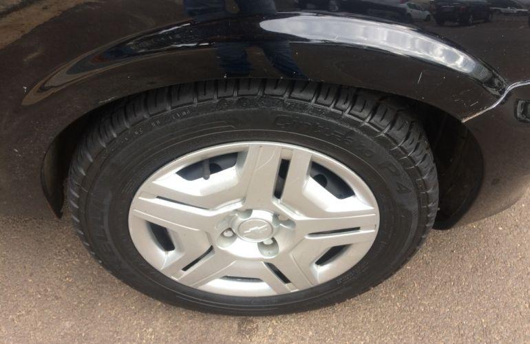 Chevrolet Celta Super 1.4 4p - Foto #5