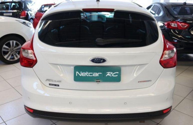 Ford Focus SE 1.6 PowerShift - Foto #3