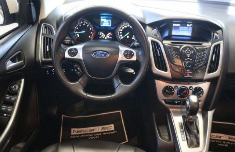Ford Focus SE 1.6 PowerShift - Foto #7
