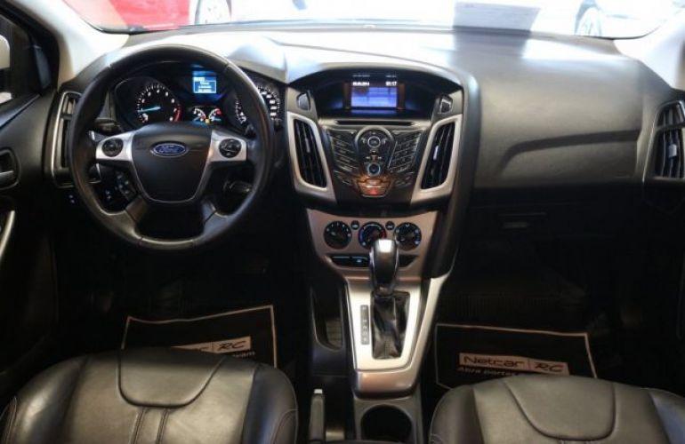 Ford Focus SE 1.6 PowerShift - Foto #8