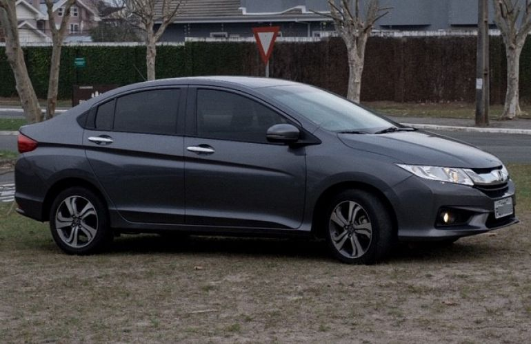 Honda City EX 1.5 CVT (Flex) - Foto #2