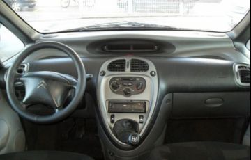 Citroën Xsara Picasso GLX 1.6i 16V - Foto #6