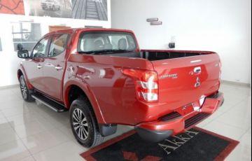 Mitsubishi L200 Triton Sport HPE Top 4WD 2.4 TD - Foto #7