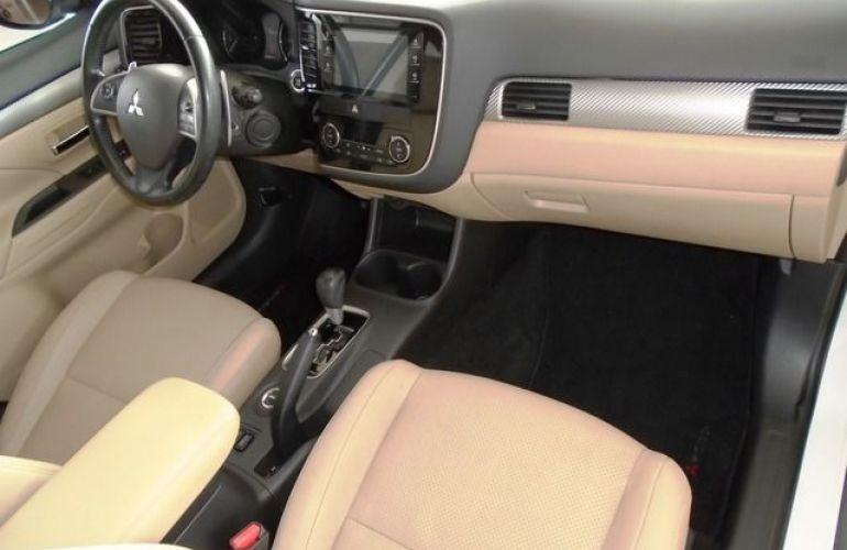 Mitsubishi Outlander GT4 4X4 3.0 V6 24V - Foto #4