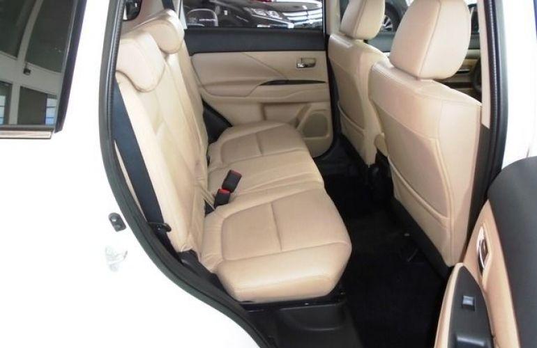 Mitsubishi Outlander GT4 4X4 3.0 V6 24V - Foto #5