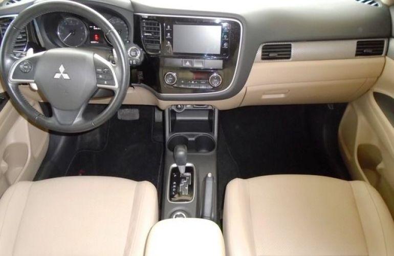 Mitsubishi Outlander GT4 4X4 3.0 V6 24V - Foto #6
