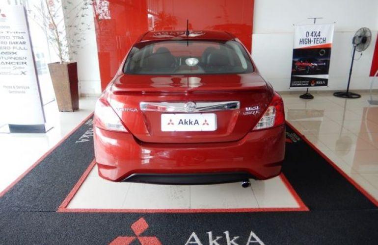 Nissan Versa UNIQUE 1.6 16V Flex - Foto #5