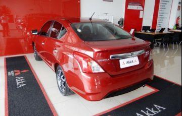Nissan Versa UNIQUE 1.6 16V Flex - Foto #6