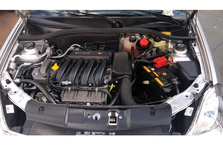 Renault Symbol 1.6 16V Expression (flex) - Foto #10