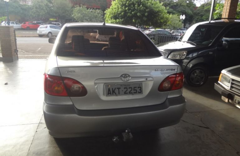 Toyota Corolla Sedan GLi 1.6 16V - Foto #3