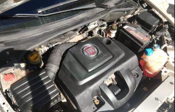 Fiat Linea Absolute 1.9 16V Dualogic (Flex) - Foto #6