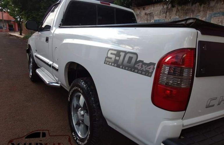 Chevrolet S10 STD 4X4 2.8 Turbo (Cab Simples) - Foto #1