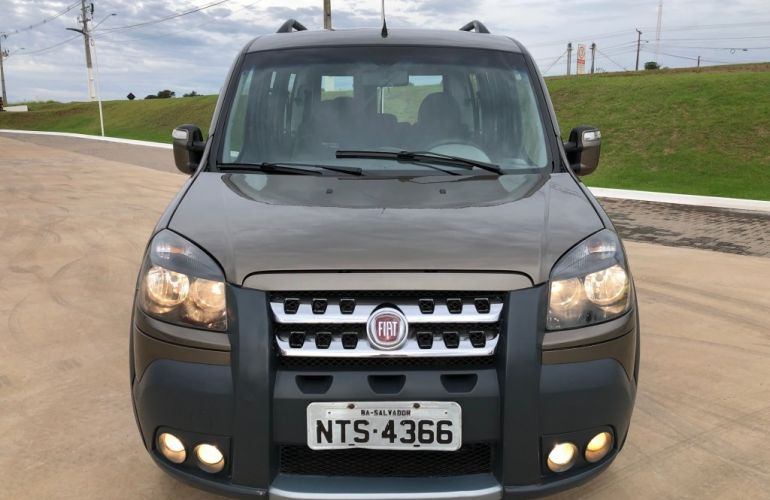 Fiat Doblò Adventure Locker 1.8 16V (Flex) - Foto #6