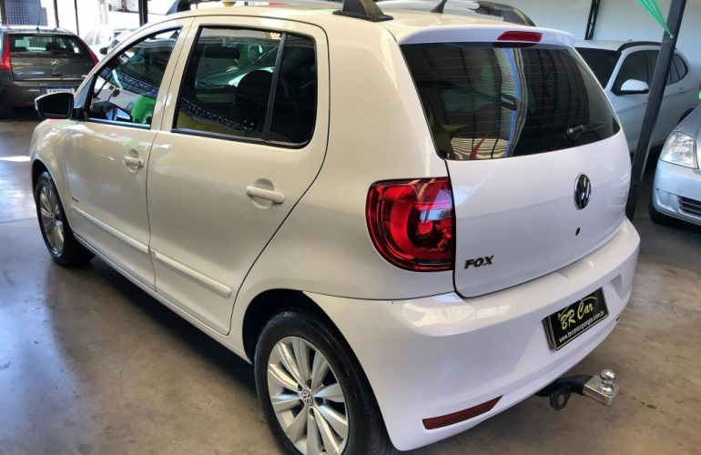 Volkswagen Fox 1.0 8V (Flex) - Foto #6