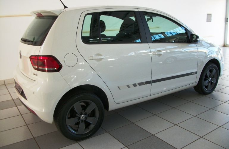 Volkswagen Fox 1.6 MSI Run (Flex) - Foto #3