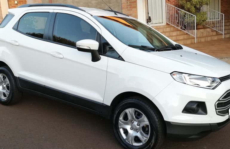 Ford Ecosport SE 2.0 16V Powershift (Flex) - Foto #4