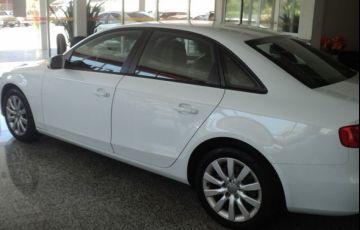 Audi A4 Ambiente 2.0 Turbo FSI - Foto #5
