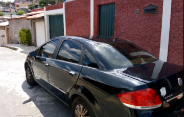 Fiat Linea LX 1.9 16V (Flex) - Foto #2