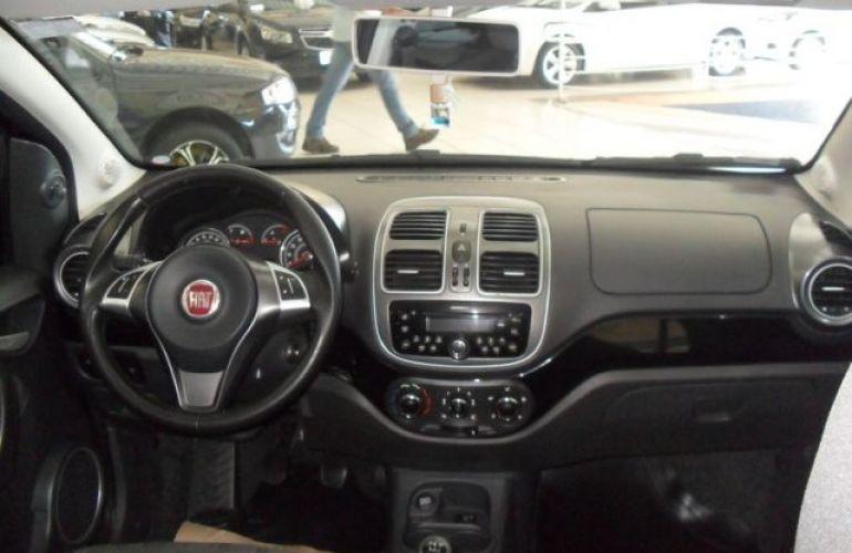 Fiat Palio Attractive Evo 1.4 Flex - Foto #6