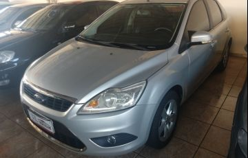 Ford Focus Sedan 2.0 16V (Aut)