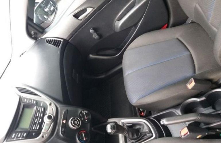 Hyundai HB20 Comfort 1.6 Flex 16V - Foto #9