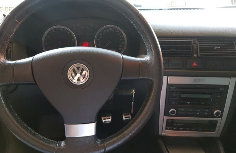Volkswagen Golf 1.6 (Flex) - Foto #8