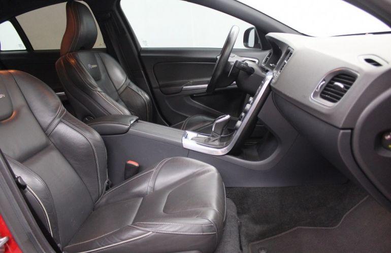 Volvo S60 3.0 T6 AWD R-Design (Aut) - Foto #5