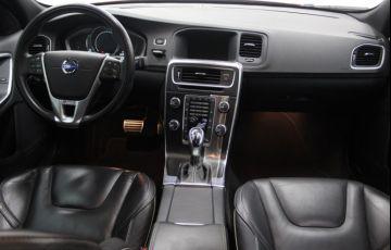 Volvo S60 3.0 T6 AWD R-Design (Aut) - Foto #7