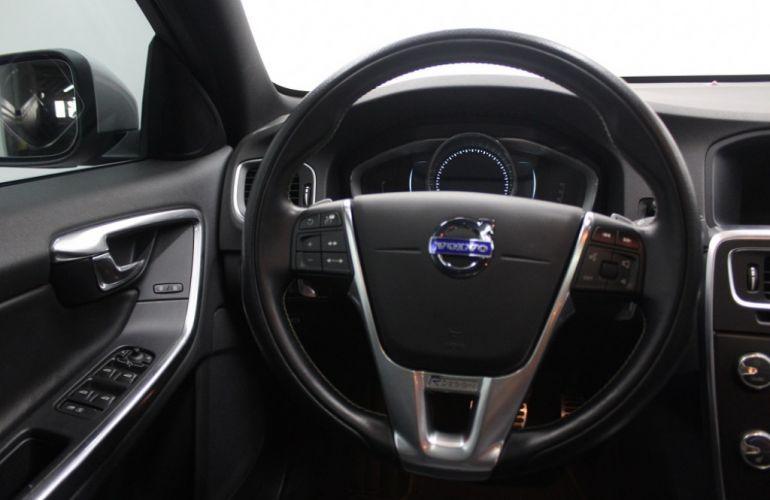 Volvo S60 3.0 T6 AWD R-Design (Aut) - Foto #8