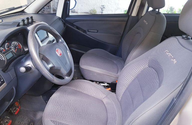 Fiat Idea Adventure 1.8 16V E.TorQ (Flex) - Foto #8