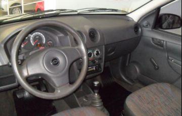Chevrolet Celta Life 1.0 VHCE 8V Flexpower - Foto #4