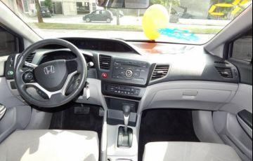 Honda Civic LXS 1.8 16V Flex - Foto #3
