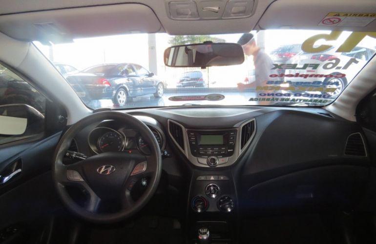 Hyundai HB20 1.6 Comfort Plus - Foto #6