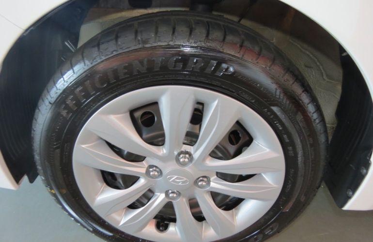 Hyundai HB20 1.6 Comfort Plus - Foto #10