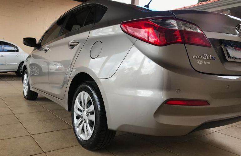 Hyundai HB20S 1.6 Comfort Plus blueMedia (Aut) - Foto #2