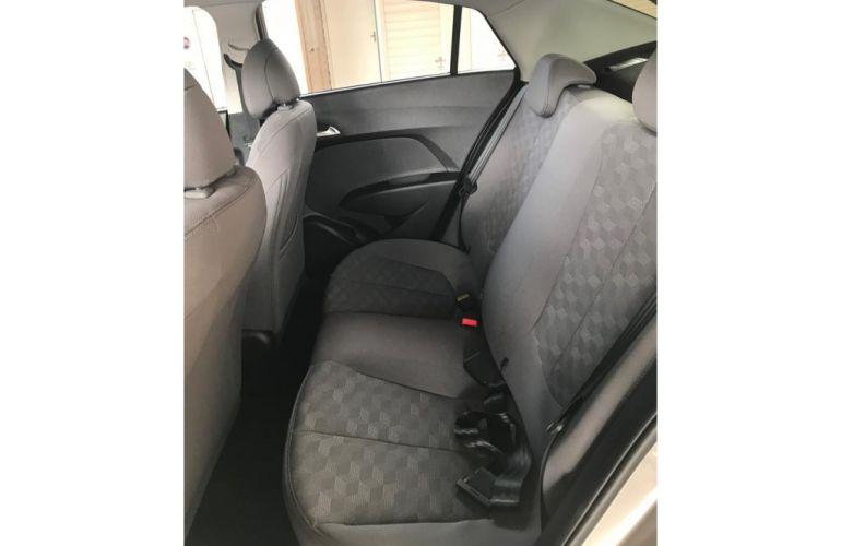 Hyundai HB20S 1.6 Comfort Plus blueMedia (Aut) - Foto #9
