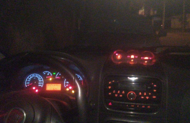 Fiat Strada Adventure 1.8 16V (Flex) (Cabine Dupla) - Foto #4