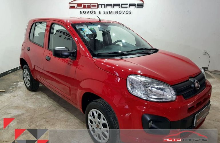 Fiat Uno Attractive 1.0 8V (Flex) 4p - Foto #1