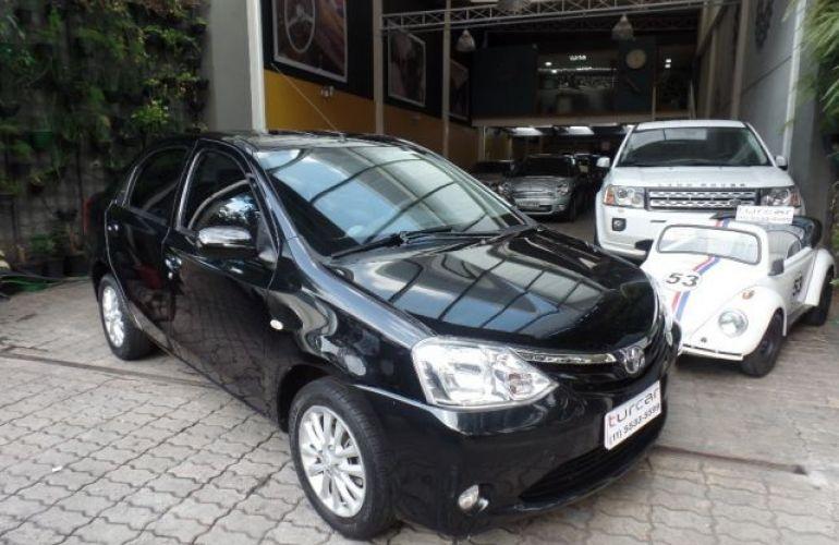 Toyota Etios Sedan XLS-MT 1.5 16V Flex - Foto #1
