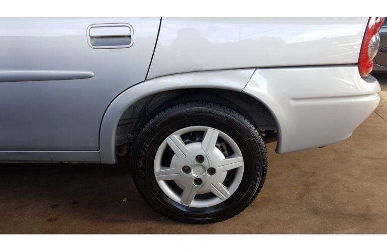 Chevrolet Corsa Sedan Milenium 1.0 MPFi 16V - Foto #5