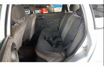 Chevrolet Corsa Sedan Milenium 1.0 MPFi 16V - Foto #6