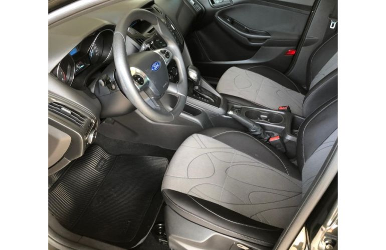 Ford Focus Sedan S 2.0 16V PowerShift (Aut) - Foto #6