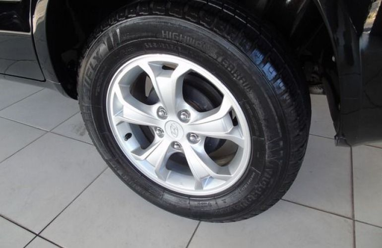 Hyundai Tucson GL 4x2 2WD 2.0 16V - Foto #7