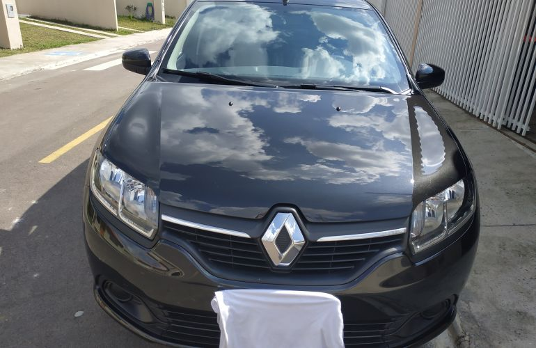 Renault Logan Expression 1.0 12V SCe (Flex) - Foto #4